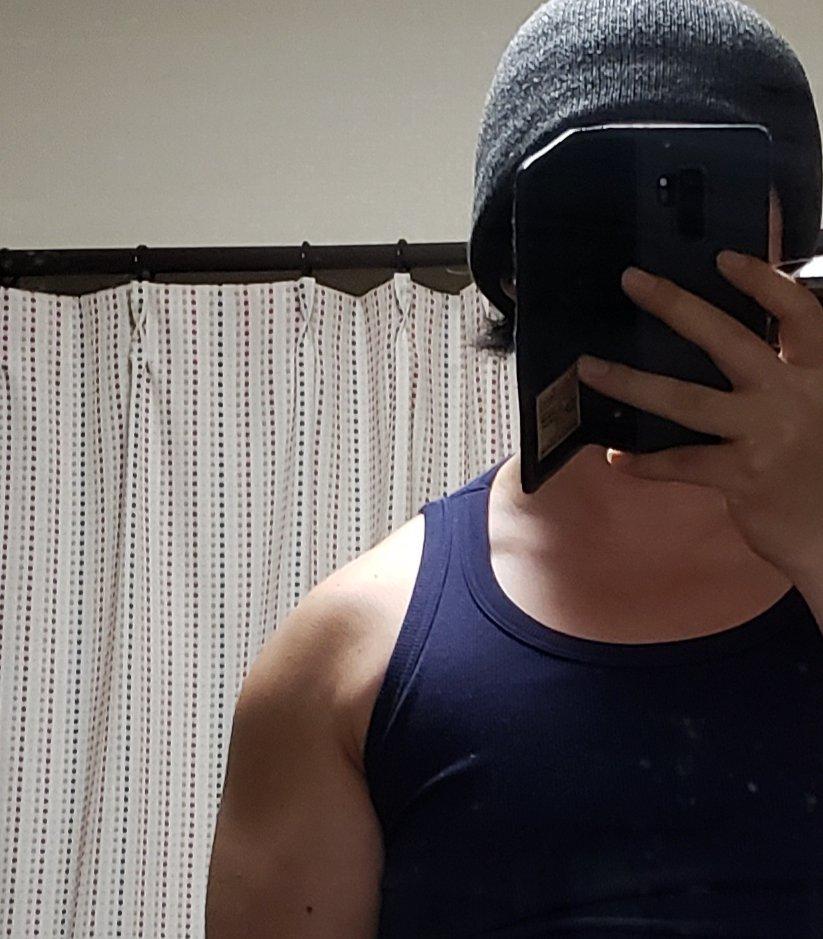 なで肩で筋トレをするとどうなるのかビフォーアフター